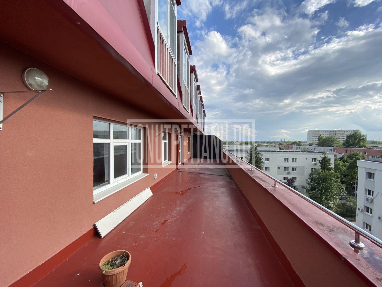Apartament 2 camere cu terasa 53mp si loc de parcare!