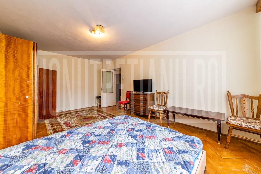 Apartament 3 Camere 85mp cu boxa de 37mp si centrala proprie
