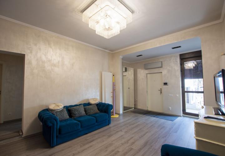 Aviatorilor apartament in vila pentru locuinta sau birou