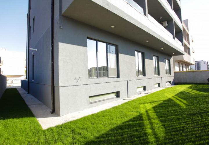 #Apartament 3 camare mobilat si utilat de lux in Mamaia Nord+curte