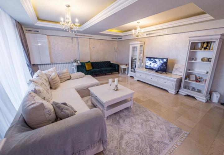 Tomis Plus - Penthouse spectaculos cu vedere superba la Mare si Lacul Siutghiol