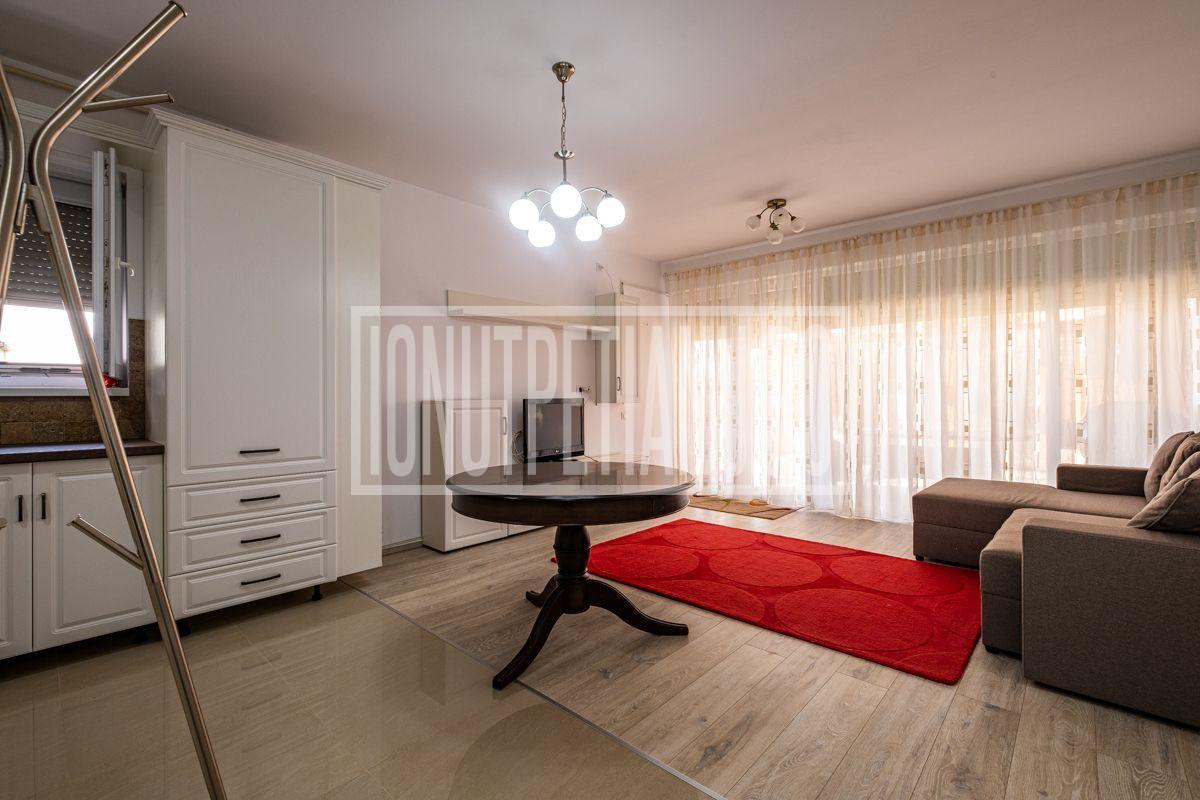 Otopeni, Odaile Apartament 3 camere cu terasa, curte si loc de parcare