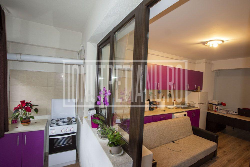 Salaj apartament in Dream Residence langa Confort Urban