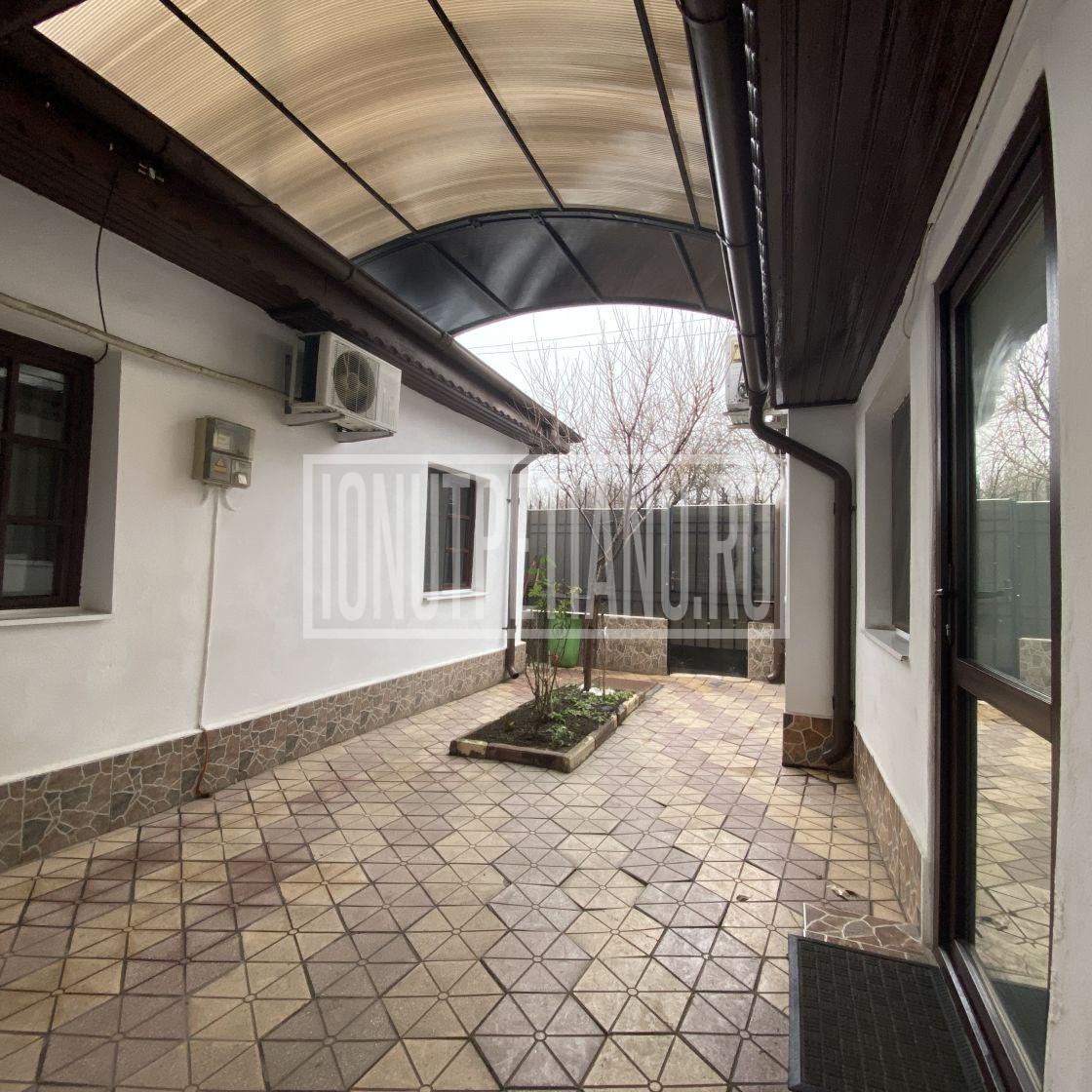 Casa gata de mutat,  la 900m metrou Straulesti